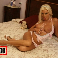 nikky-blond_bed_12