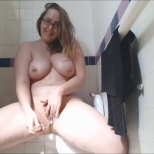 andi-ray-no-makeup-double-squirt-show.mp4_snapshot_02.03_2020.01.08_22.57.47