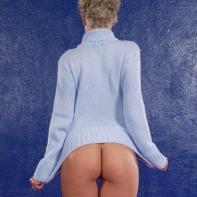 blue_sweater_003